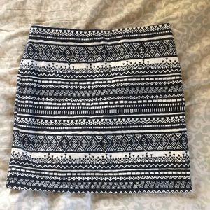 Dresses & Skirts - Aztec print skirt